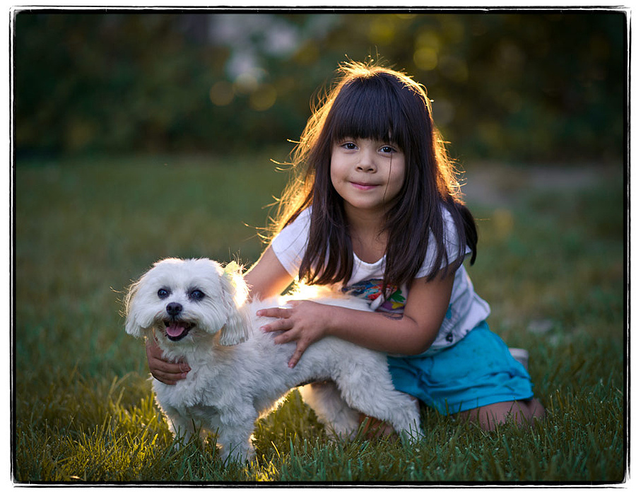 Best Friends | ZEISS ZA SONNAR 135MM F1.8 <br> Click image for more details, Click <b>X</b> on top right of image to close